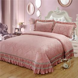 $enCountryForm.capitalKeyWord Australia - Pink Golden Brown Luxury European Style High Quality Jacquard Fleece fabric Thick Blanket Bedspread Bed sheet pillowcases 3pcs