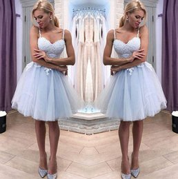 Short fuchSia homecoming dreSSeS online shopping - 2019 Spaghetti Straps Gray Blue Lace A Line Homecoming Dresses Tulle Applique Knee Length Short Prom Party Cocktail Dresses