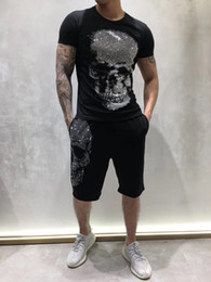 Summer Mens Designer T-shirt allemand Punk Rock Fashion Style diamant Big Skull T-shirt de marque Vêtements T-shirts Hip Hop T-shirts de haute qualité