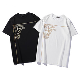cbeb82ee95 19ss fashion designer mens Tshirt cotton comfortable wild Tshirts trend hip  hop breathable T-shirt men and women custom face printing Ttee
