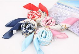 $enCountryForm.capitalKeyWord Australia - Spring and autumn new silk small square scarves 100% mulberry silk decorative scarf printed plover scarf gift