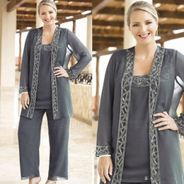 $enCountryForm.capitalKeyWord Australia - Elegant Sequined Mother Of The Bride Pant Suits With Jackets Scoop Neck Cheap Wedding Guest Dress Plus Size Chiffon Mothers Groom