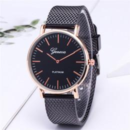 $enCountryForm.capitalKeyWord Australia - Simplicity Men Watches Stainless Steel Quartz Sports Watch Plastic Dial Wristwatch Gold Women Watches D50