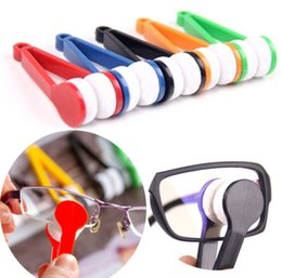 Microfiber Clothes Wholesalers Australia - Handy Glasses Cleaner Tools Random Color Super Fine Fiber Glasses Cleaner Rub Power with lens Clothes Cleaner