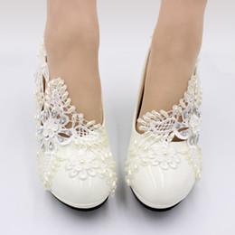2019 Ccutom Белые Кружева Жемчуг Женщины Свадебные Туфли 8 см Каблук Весна Осень Свадебная Обувь Женщины Насосы на Распродаже
