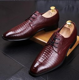 crocodile brand shoes men Australia - 2019 High Quality Brand Crocodile Pattern Wedding Dress Shoes Italian Fashion Men Business designer shoe