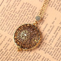 $enCountryForm.capitalKeyWord Australia - Hollow Pattern Circle Glass Cabochon Domed Magnifying Glass Necklace Unisex Magnifier Pendant Antique Gold Alloy Jewelry 0717ayq
