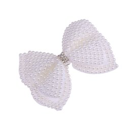 korean hair for kid UK - Ins pearl hair bows girls hair clips Korean Fashion Flower girls Hairclips designer hair accessories for women BB Clips kids Barrettes A5283