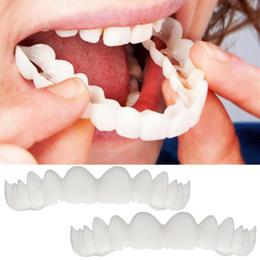 Alta Qualidade 2 Pcs Instantâneo Manter Sorriso Conforto Fit Flex Dentes Cosméticos Prótese Dentes Top Cosméticos Facial Simulação Cintas Dentadura venda por atacado