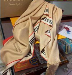 Ingrosso Sciarpe da donna 2019 sciarpe in seta con collo a scialle Sciarpe da donna invernali progettate dai designer della primavera reale di alta qualità