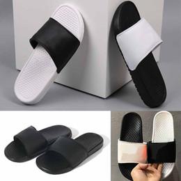 Großhandel nike neue strand schuhe modemarke NIK sandalen herren frauen designer schuhe Rutsche Sommer Flach Flach Slippery Slipper Flip Flop größe 35-46