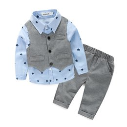 $enCountryForm.capitalKeyWord Australia - NEW Baby boys spring autumn gentleman Clothing Sets vest+ stars Shirt + Pants 3pcs set infant party Clothes suit set