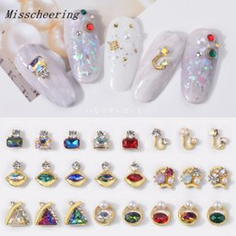 $enCountryForm.capitalKeyWord NZ - 5 pcs pack Charm Nail Art Rhinestone Decorations Metal Alloy Shiny Crystal Jewelry Fashion Designs 3D Manicure Books Accessory