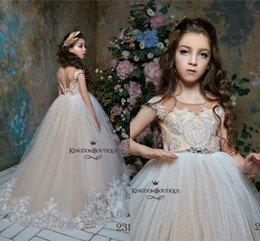 Girls champaGne color paGeant dresses online shopping - Princess Light Champagne Flower Girls Dresses Short Sleeves A Line Tulle Lace Appliqued Girls Pageant Gowns with Beaded Belt