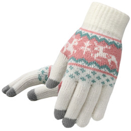 Mittens Knitted Pattern Australia - Winter Women Knitted Gloves Christmas Deer Fashion Full Finger Mittens Female Soft Christmas Pattern Touch Screen Knit Gloves