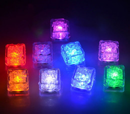 $enCountryForm.capitalKeyWord UK - Hot LED Ice Cubes Water Sensor Sparkling Luminous Multi Color Glowing Drinkable Event Party Wedding Bar Decoration Atmosphere