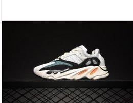 Опт 2019wave Runner 700 Kanye West светятся в темной отражающей линии 2017 новые кроссовки размер 36-46 с дном и 3 м материал