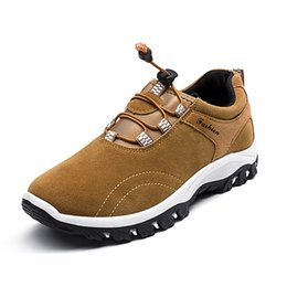 $enCountryForm.capitalKeyWord NZ - New Outdoor Sports Camping Shoes For Men Tactical Slip-on Hiking Shoes For Summer Autumn Leisure Breathable Waterproof #4645
