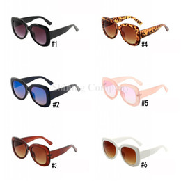 frames for round faces 2019 - Luxury Designer Women Sunglasses Big Frame Mens Sunglasses Summer Beach Eyewear with Logo Leopard Print Frame for Round