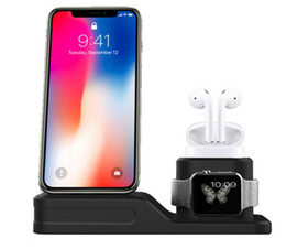 Wholesale 3 in Charging Dock Station Stand Holder For iPhone X XR XS Max Apple watch Airpods Charger Stand For Apple Watch Series