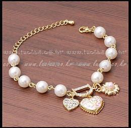 $enCountryForm.capitalKeyWord Australia - new Bracelet Sweet And Lovely Imitation Pearl Beads Fashion Crystal Bracelet Heart Flowers Letter D Hang Bracelets And Anklets Femal