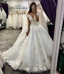$enCountryForm.capitalKeyWord Australia - Luxury Arabic Wedding Dresses Dubai Ball Gown Princess Country Wedding Dress Off The Shoulder Appliques Puffy Lace Up Plus Size Bridal Gowns