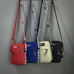 Ingrosso Borse a tracolla con lettera Messenger Borsa a tracolla design Uomo Oxford Shoulder Luxury Cross-Body Borse Zipper Unisex