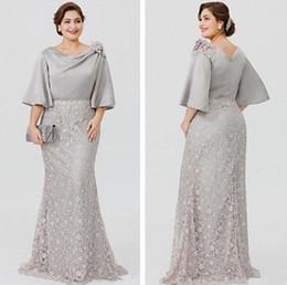 $enCountryForm.capitalKeyWord Australia - 2019 Elegant Silve Lace Satin Mother of the Bride Dress Half Sleeve Formal Evening Gown Plus Size