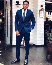 6f7d1277a5e Medianoche azul trajes de los hombres de moda Blazers Ocasión formal Mens  Tuxedos trajes para bodas Fiestas Prom Novio trajes para hombre