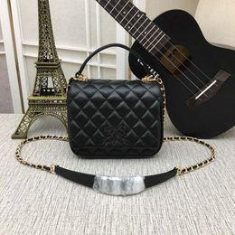 Black Sheep Bags Australia - 2018 new leather handbag brand designer handbag M-CL57024 female bag sheep leather diagonal package with box