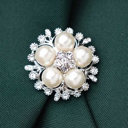 pearls crystal brooch pins 2020 - High Quality Crystal Flower Brooches Imitation Pearl Scarf Pin Silvery Gold Tone Plated Jewelry For Women Dress Wedding