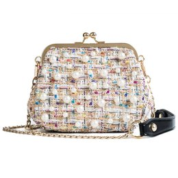 Bag Frames Australia - Pearls Women Messenger Bag Fashion Pearls Bags For Women Chains Crossbody Bag 2019 Brand Colorful Frame Shell Bags Bolsa Girls