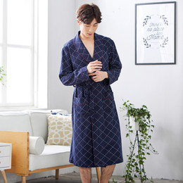 Autumn Men s Bath Robe Long-sleeve Kimono Pajamas For Men Bathrobe Male Spa  Night Dress Gown Hombre Sleepwear 267441e81