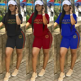 Ingrosso T-shirt da donna di marca T-shirt pantaloncini da 2 pezzi Tuta sportiva Tshirt pantalone sportivo tuta abbigliamento estivo tuta S-2XL DHL 638