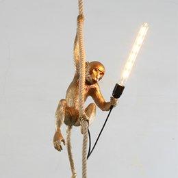 Creative design Resina scimmia lampada a sospensione Corda di canapa appeso luce per negozio club sala da pranzo negozio Decor 90-265V EMS