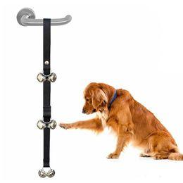 Kreative Hundetürklingeln Praktische Haustierkatze Türklingelverschleißfestigkeit Robuste Bänder mit zwei Glöckchen Bessere Glocken für Ihre Haustiere DH0318 im Angebot
