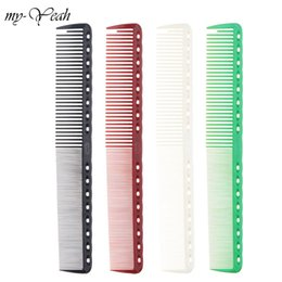 Salon Hair Combs Australia - Cheap Combs 4 Colors Professional Combs Barber Hairdressing Hair Cutting Brush Anti-static Tangle Pro Salon Hair Care Styling Tool