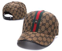 878c294496e Popular G Ball Caps Red Green Decor Strap Luxury Embroideried Bee Leisure  Hats Top Quality 6 Panel Fashion Baseball Cap Golf Visor Caps 2018