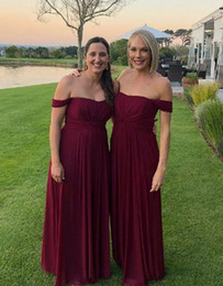 Discount pictures wine red wedding dress - Fashion Off shoulders Bridesmaids Dresses 2019 Cheap Designer Wine Red Country Stylish Empire Chiffon Bridesmaid Dress F