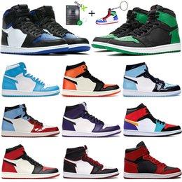 New toe real alta 1s Tênis de basquete Jumpman 1 pinho preto verde judiciais Homens Mulheres Sneakers Destemido roxo branco UNC Patent Trainers em Promoção