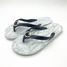 $enCountryForm.capitalKeyWord Australia - Designer Slippers for Women Jet Set Flip Flop Full Printed Mental Logo Slippers Girls Holiday Beach Sandals Black Cream Blue Gold Slippers