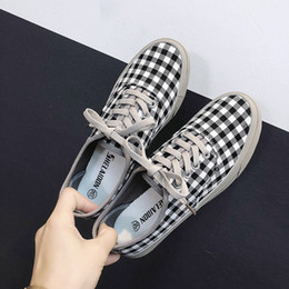Women Fashion Lace Australia - Plaid Sneakers Women Canvas Shoes Leisure Black Red Korean Fashion Summer Lace Up Ladies Flats Luxury Shoes Women Designers New