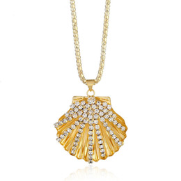 Artificial Gold Pendants Australia - Boho Shell Pendant Fan Shaped Crystal Sweater Chain Necklace White Gold Color Ladies Rhinestone Artificial Necklace Jewelry