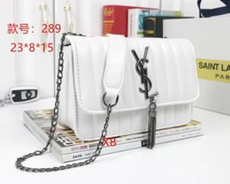 $enCountryForm.capitalKeyWord Canada - 2019 Luxury Quality Brand Design Lady Plaid Messenger Bag Genuine Patent Leather 5 Plaid Handbag Lambskin With Charms Miss Chain Bag22