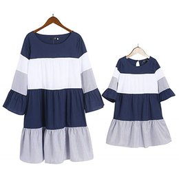 matching mother daughter clothing wholesale Canada - Summer Mother Daughter Dress Striped Matching Dresses Women Girls Casual Family Dress Casual Mommy And Daughter Matching Clothes