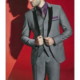 $enCountryForm.capitalKeyWord Australia - New Fashionable One Button Gray Groom Tuxedos Peak Lapel Groomsmen Best Man Mens Wedding Suits (Jacket+Pants+Vest+Tie) 678