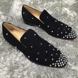 Marke Red Bottom Loafers Luxus-Partei-Hochzeit Schuhe Designer schwarzes Lackleder Veloursleder Spitzen verzierte Freizeitschuhe für Herren Kleidung Schuhe im Angebot