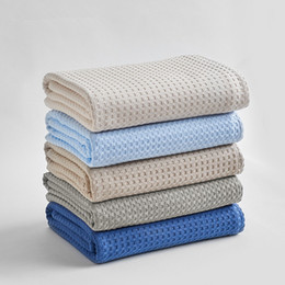 Cotton quilt Coverlet online shopping - 150x200cm x220cm Summer Thin Towel Blanket Solid Color Honeycomb Cotton Absorbent Air Quilt Coverlet