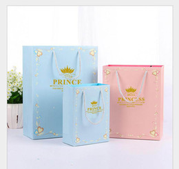 $enCountryForm.capitalKeyWord Australia - New 3 Sizes Prince Princess Gift Bags Portable Paper Bags Make The Product More Beautiful