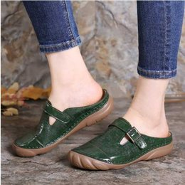 flat fabric shoes wholesale UK - Woman Sandals 2020 Leather Platform Wedge Shoes Summer Retro Buckle Hollow Ladies Shoes Casual Ladies Sewing Slippers